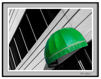 Green umbrella (selective coloring)